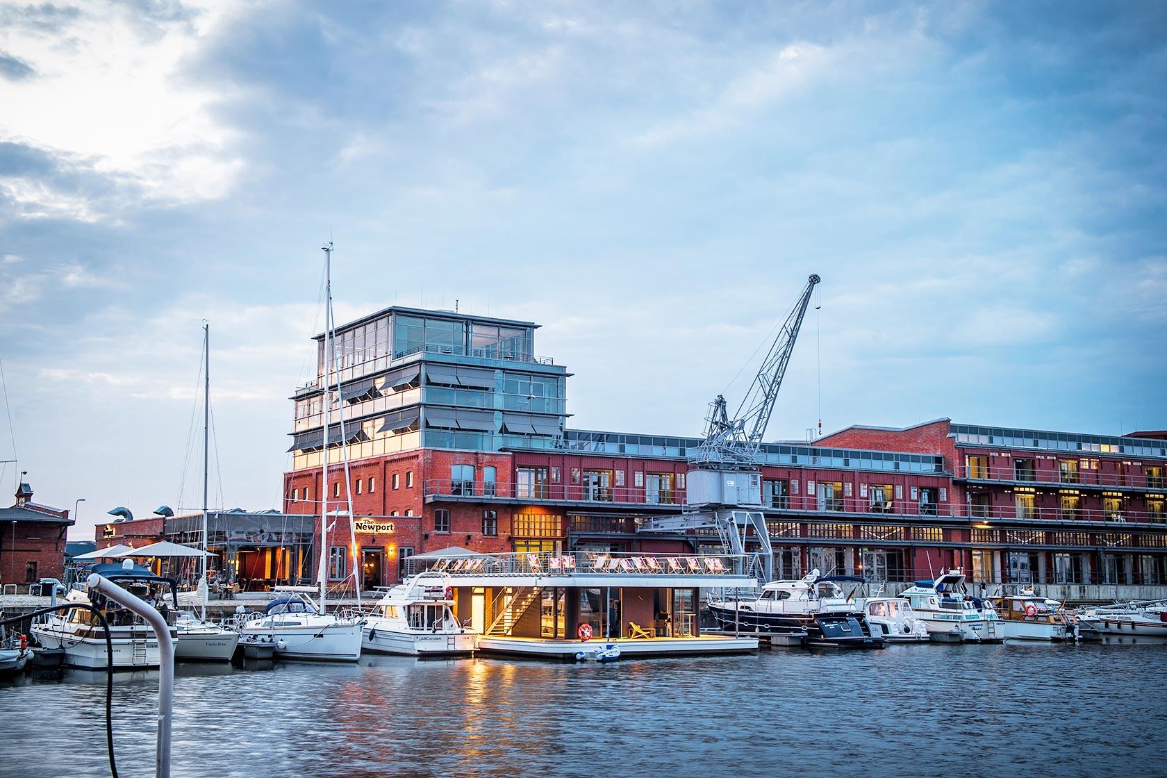 Restaurant & Marina